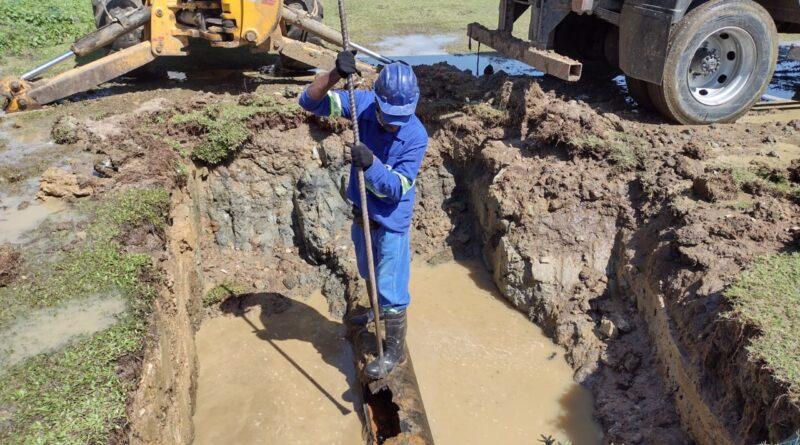 Emasa realiza repara na rede do Novo Horizonte e fornecimento de água começa a ser normalizado